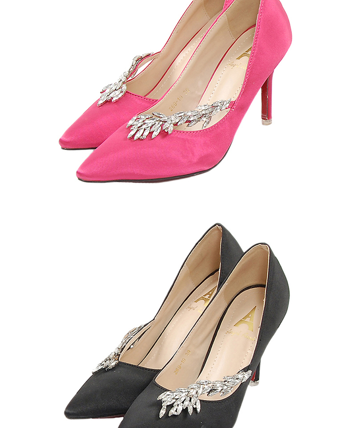 Ballerina Embellished Pumps