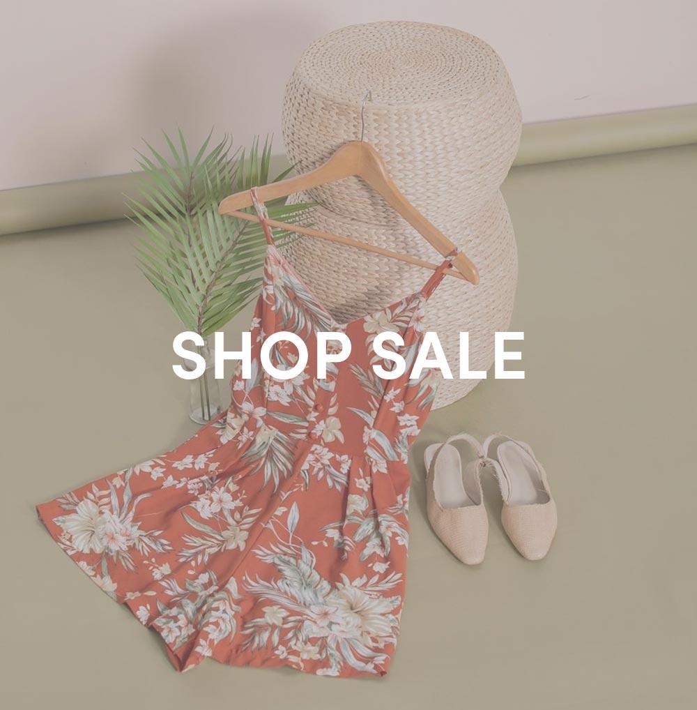 shop sale at her velvet vase