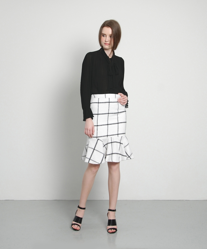 Flute Checkered Skirt