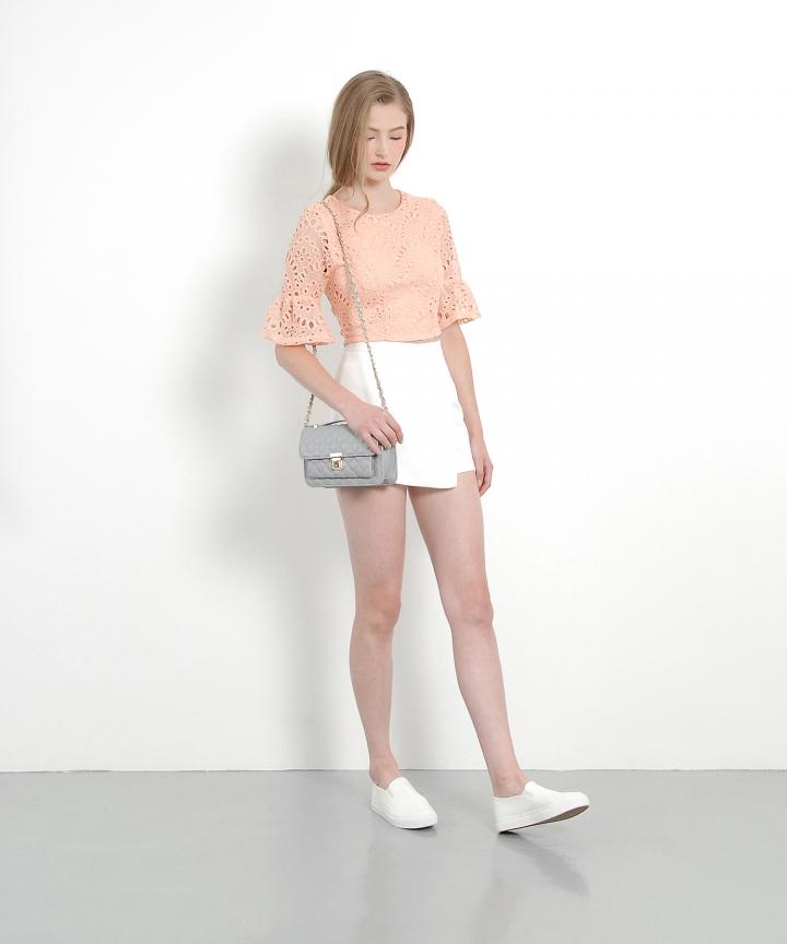 Soleil Eyelet Blouse (Summer Peach)