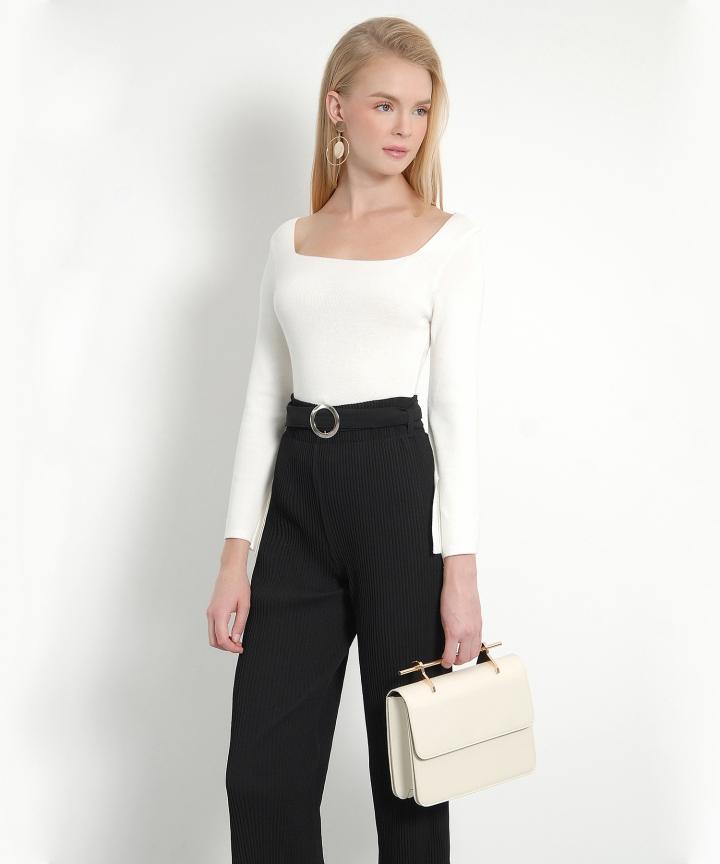 Chai Square-Neck Knit Blouse (White)