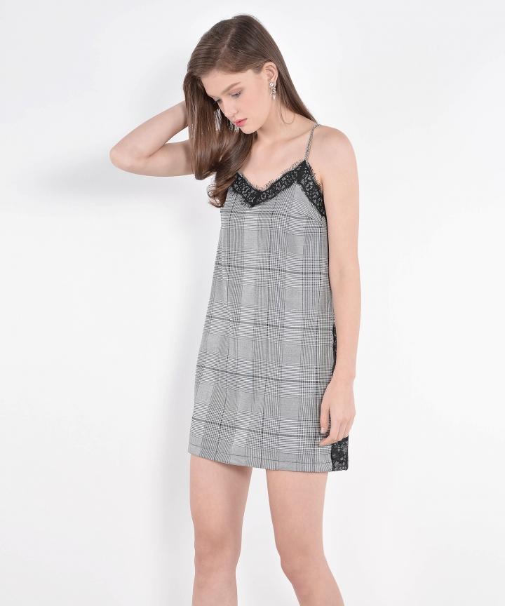 Finesse Checkered Lace Slip (Restock)