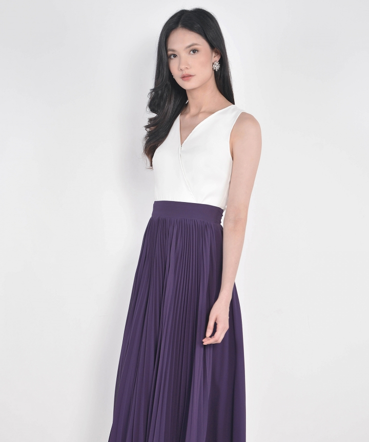 Éclair Pleat Midi Skirt