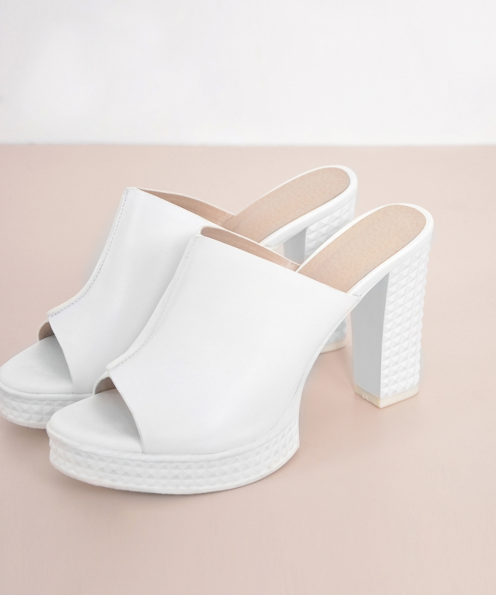 Aimee Platforms - White