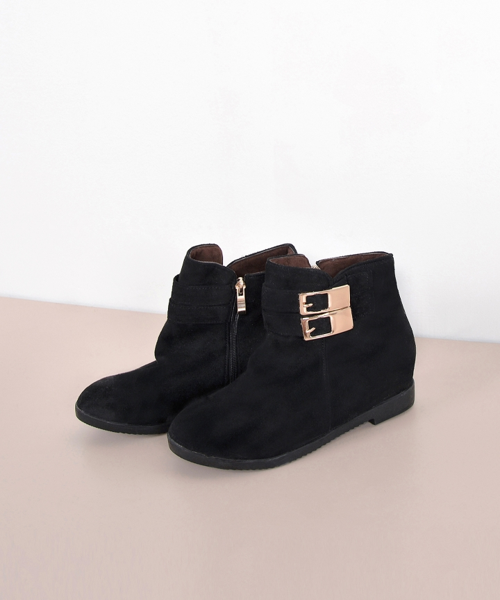Toni Suede Boots