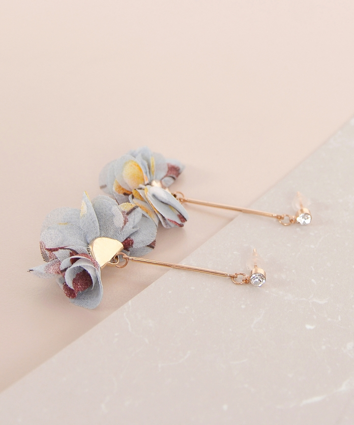 Primrose Drop Earrings - Pale Blue (Restock)
