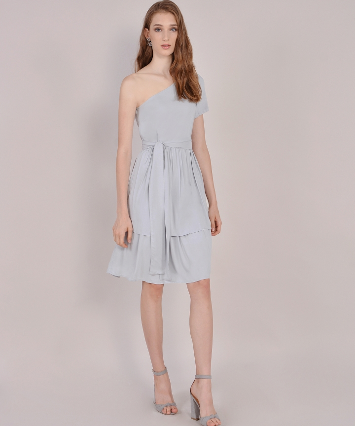 Isla Toga Tiered Midi - Pale Grey