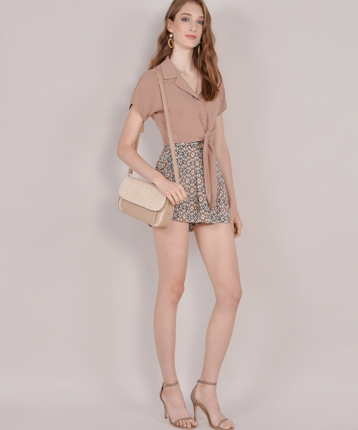 Samaria Motif Shorts - Brown