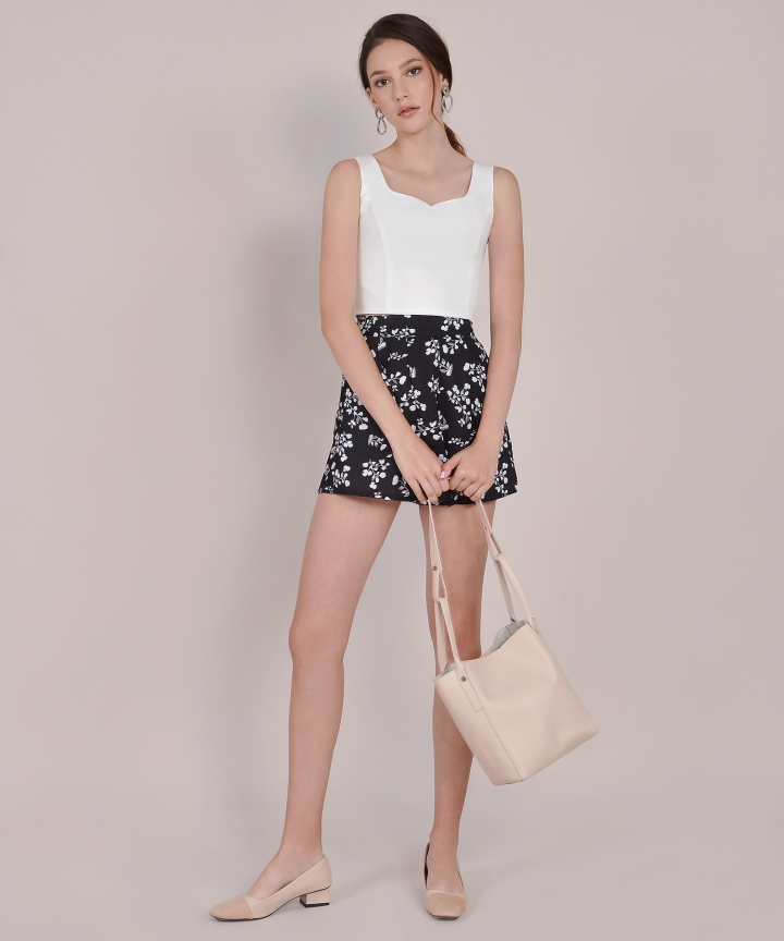 Anthea Floral Shorts - Black