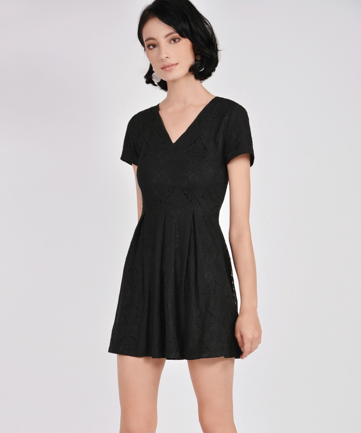 Carousel Lace Dress - Black