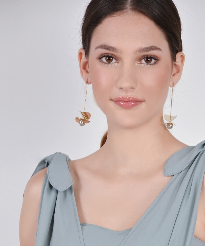 Vesta Drop Earrings