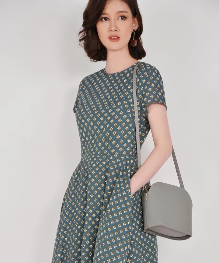Mitzi Sling Bag - Grey
