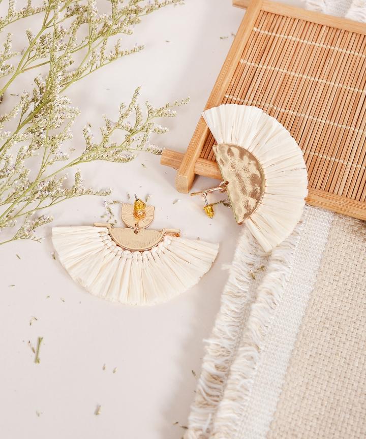 Koji Fan Earrings - Ivory