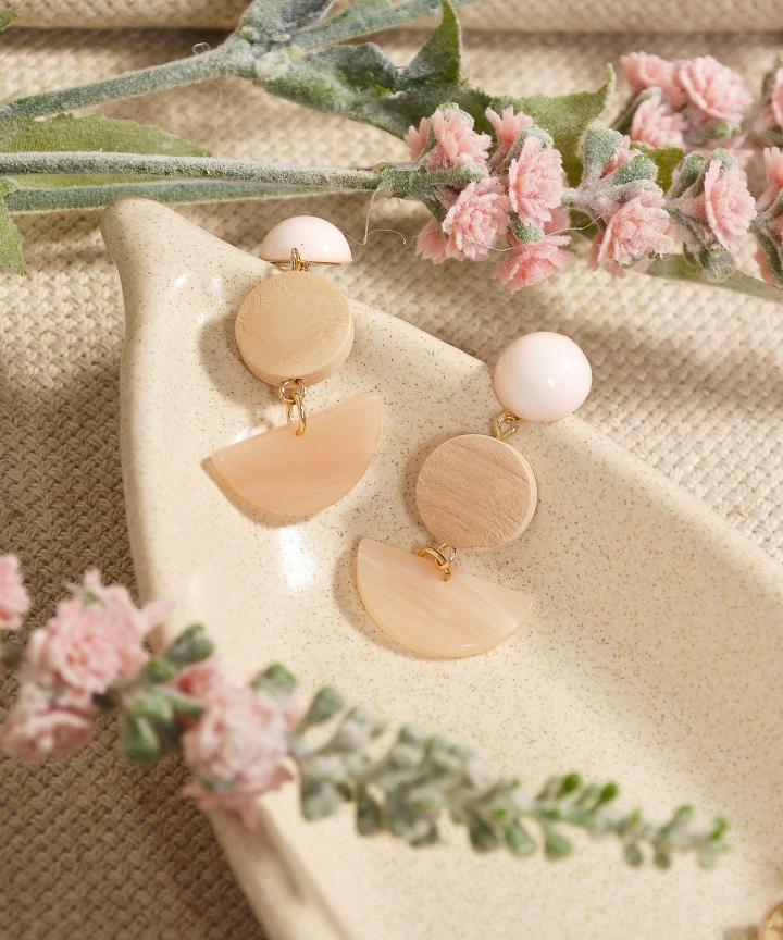 Sundae Semi-Circle Earrings - Sand