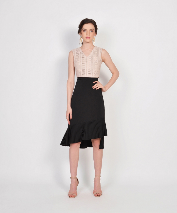 Tranquil Pleated Skirt - Black