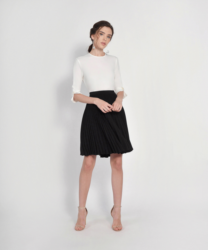 Vanity Fair Pleat Skirt - Black
