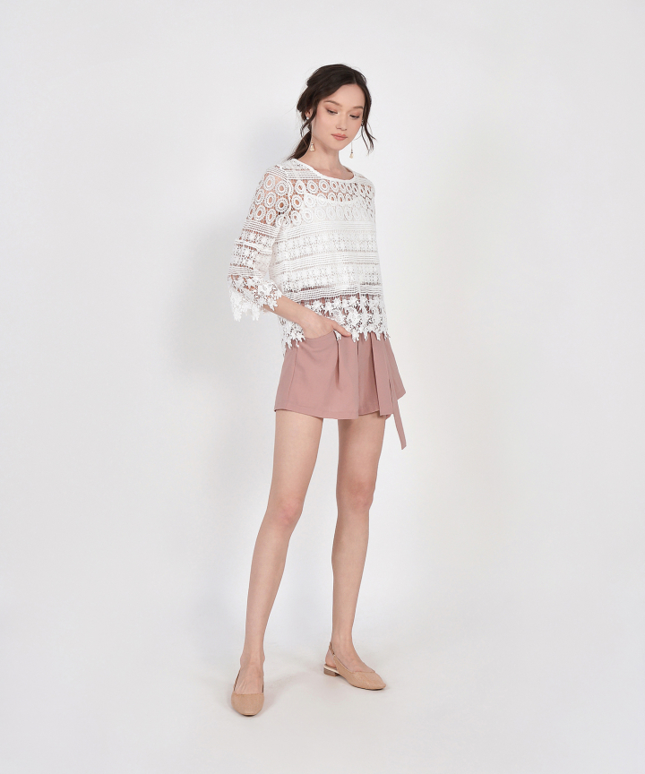 Elodie Belted Shorts - Pale Mauve