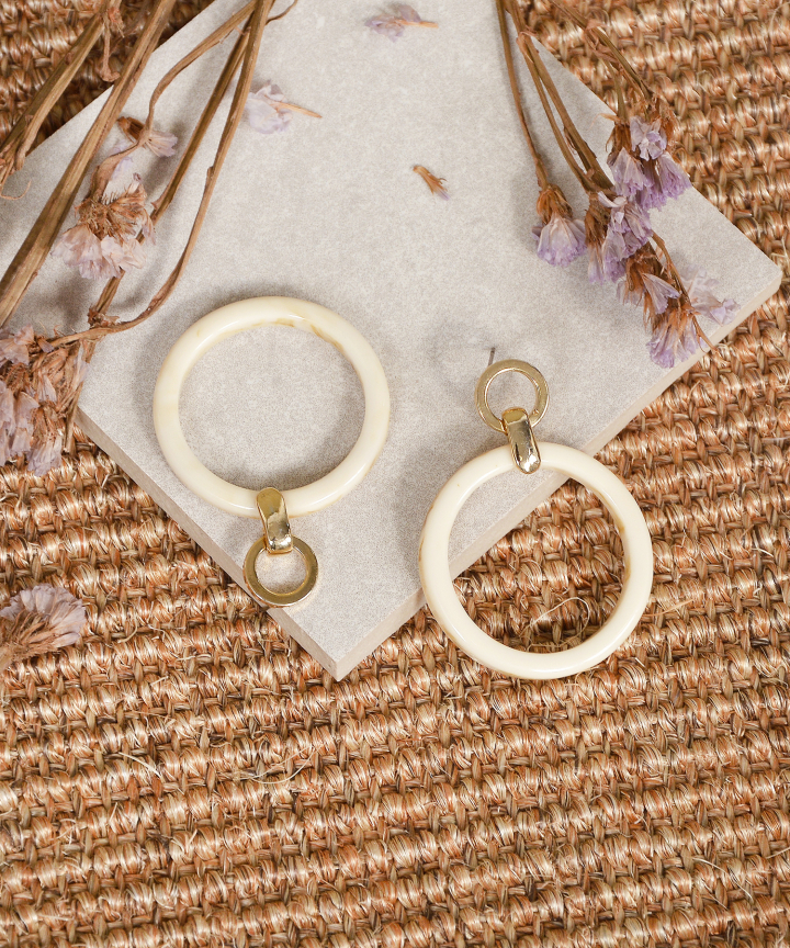 Empress Circle Earrings - Cream