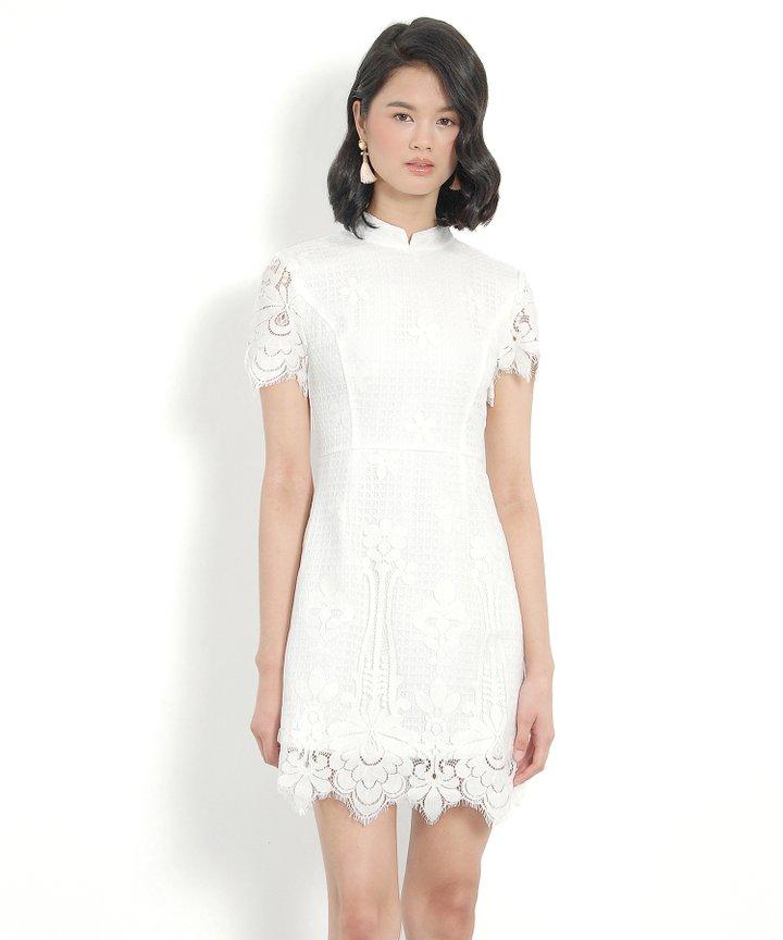 Portrait Lace Dress - White