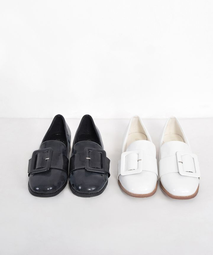 Ballad Buckle Loafers