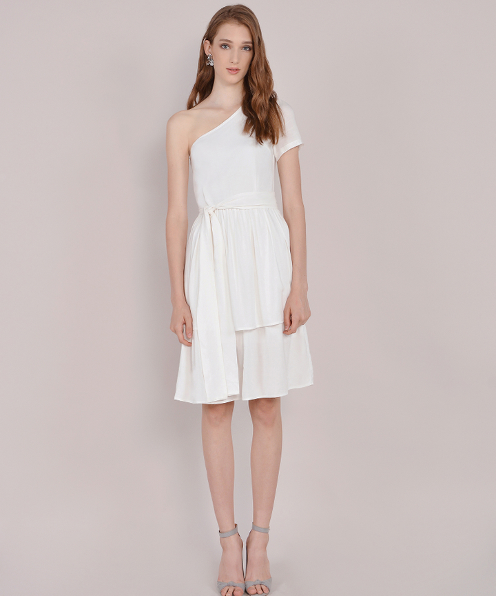 Isla Toga Tiered Midi Dress - White