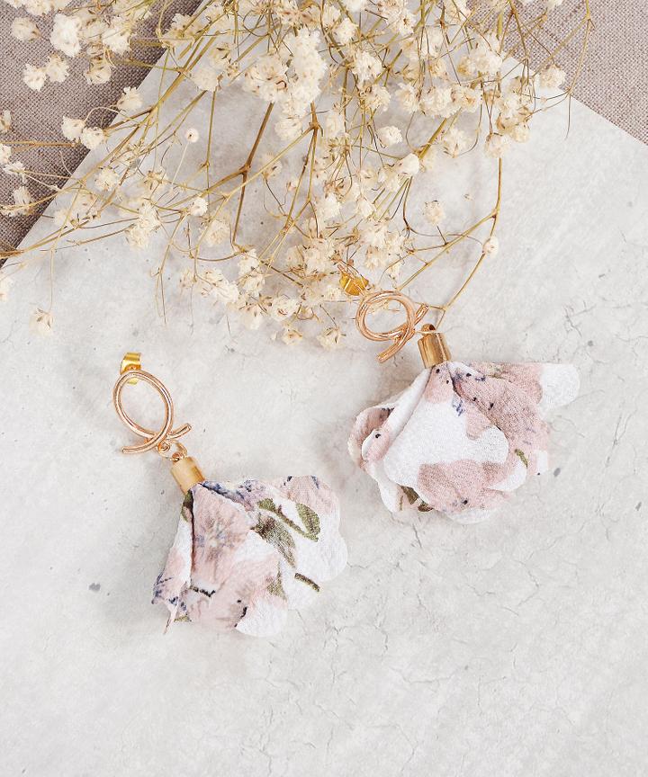 Sonnet Floral Earrings