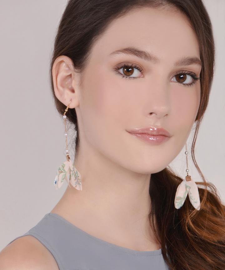 Cassius Floral Drop Earrings