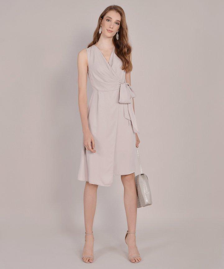 Suzette Corporate Midi Dress - Pale Sand