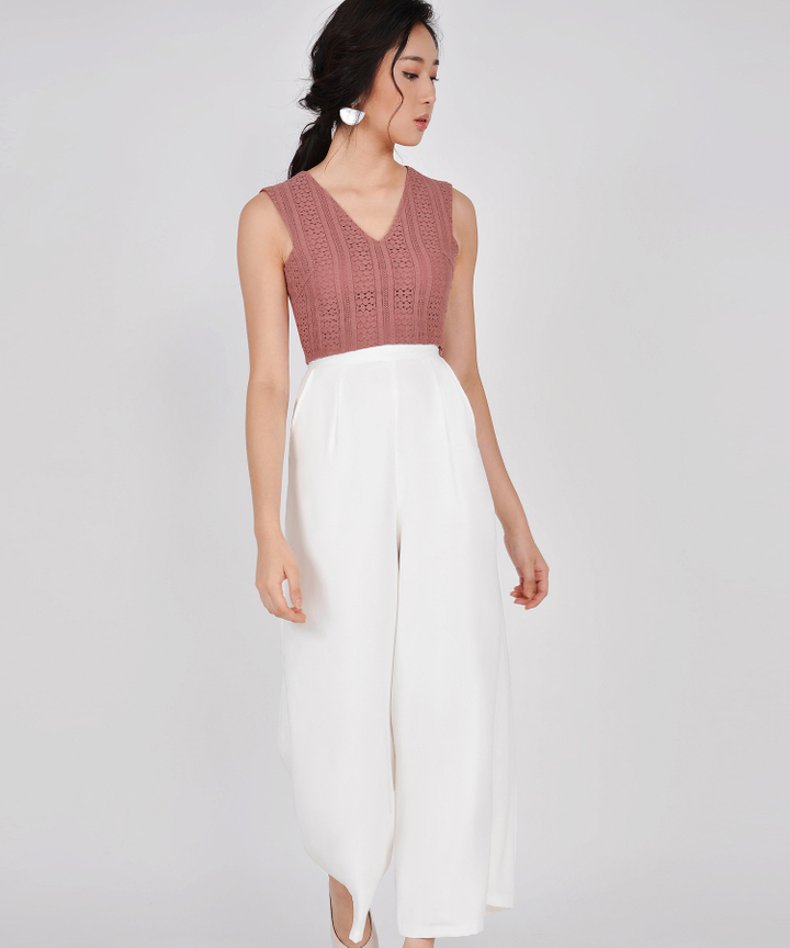 Cecilia Eyelet Cropped Top - Pale Redwood