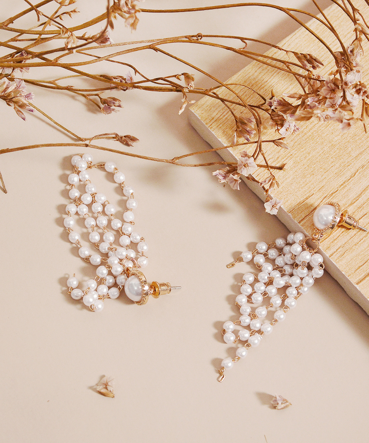 Willow Pearl Drop Earrings (Restock)