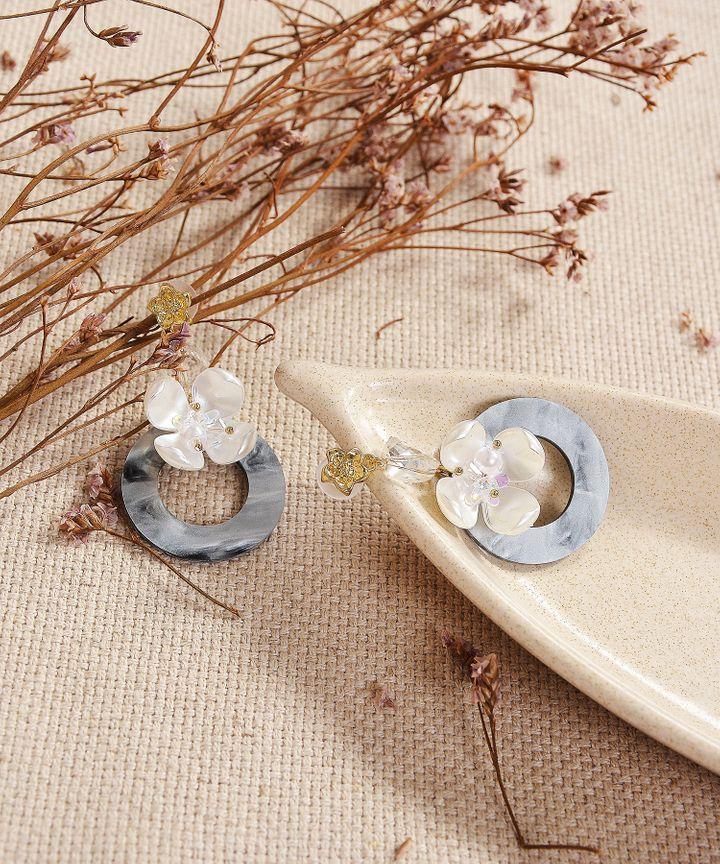 Vera Marble Circle Earrings
