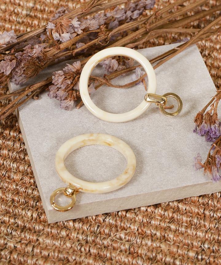 Empress Circle Earrings - Cream
