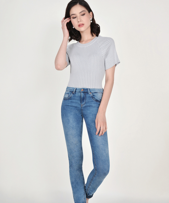 Amara Ribbed Knit Top - Pale Grey