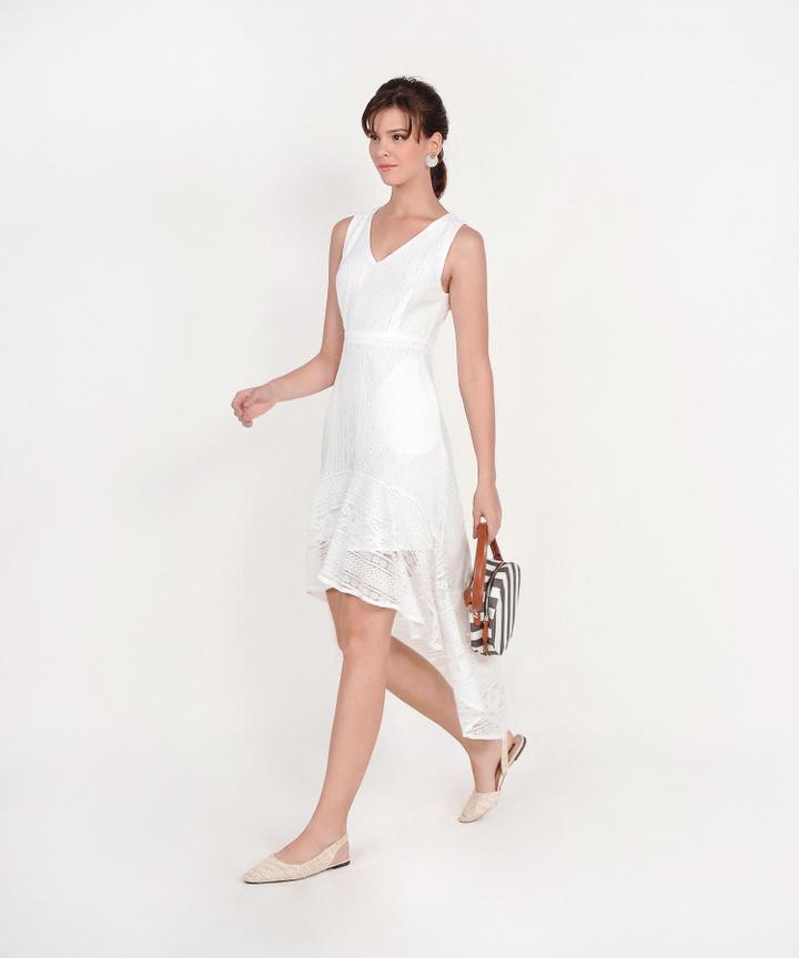Genial Asymmetrical Lace Dress - White