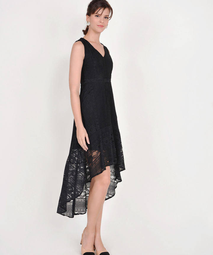 Genial Asymmetrical Lace Dress - Black