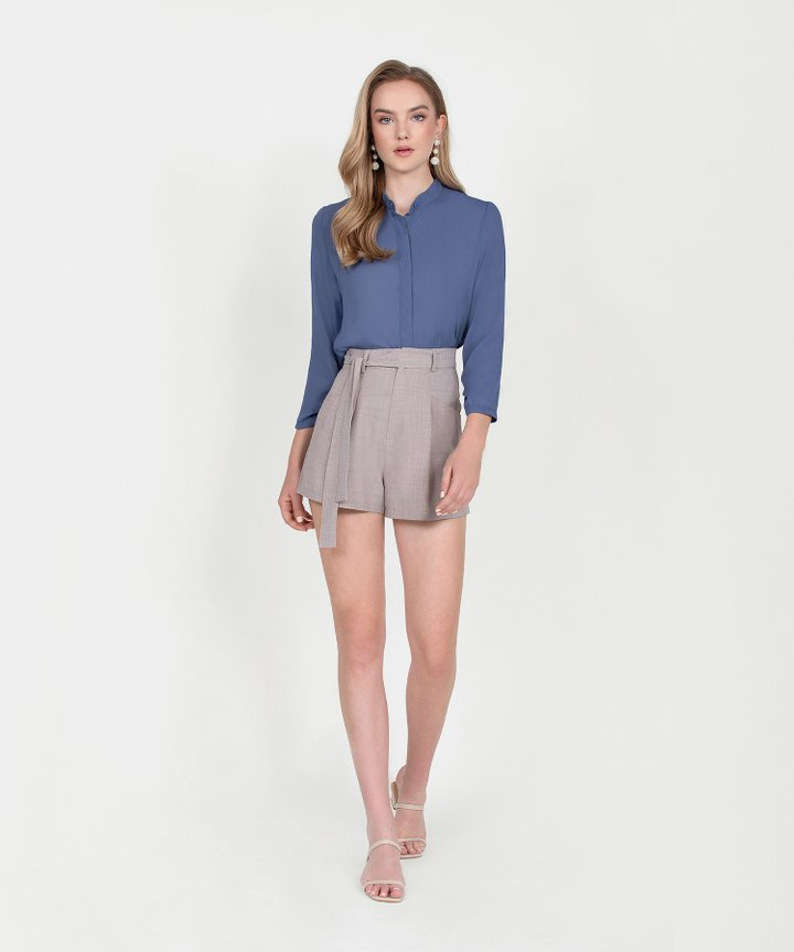 Axel Belted Shorts - Pale Taupe
