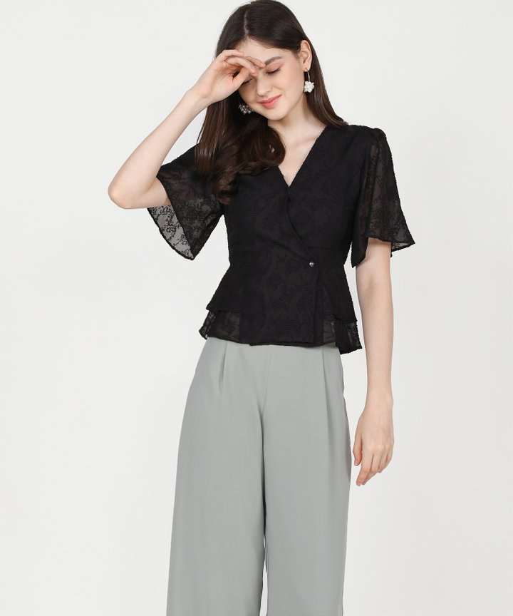 Teigen Textured Blouse - Black