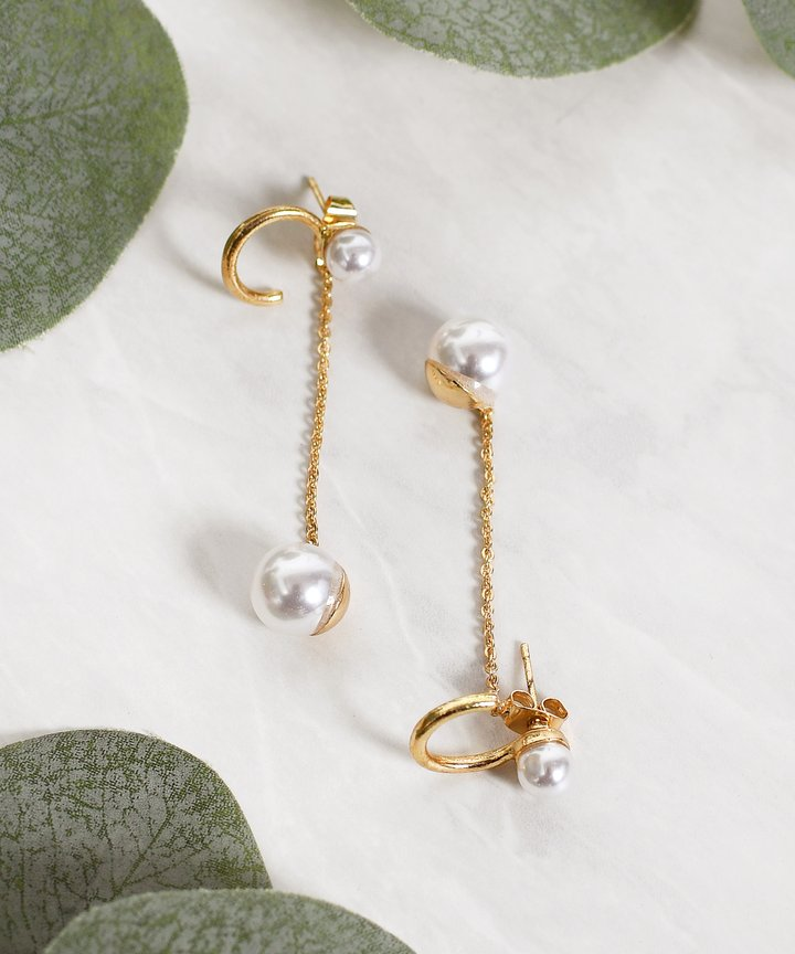 Ganni Pearl Drop Earrings