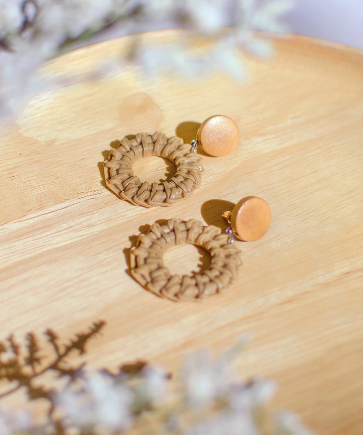 Como Woven Circle Earrings