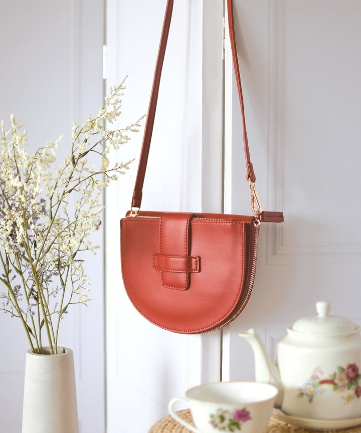 Crescent Half Moon Bag - Brick