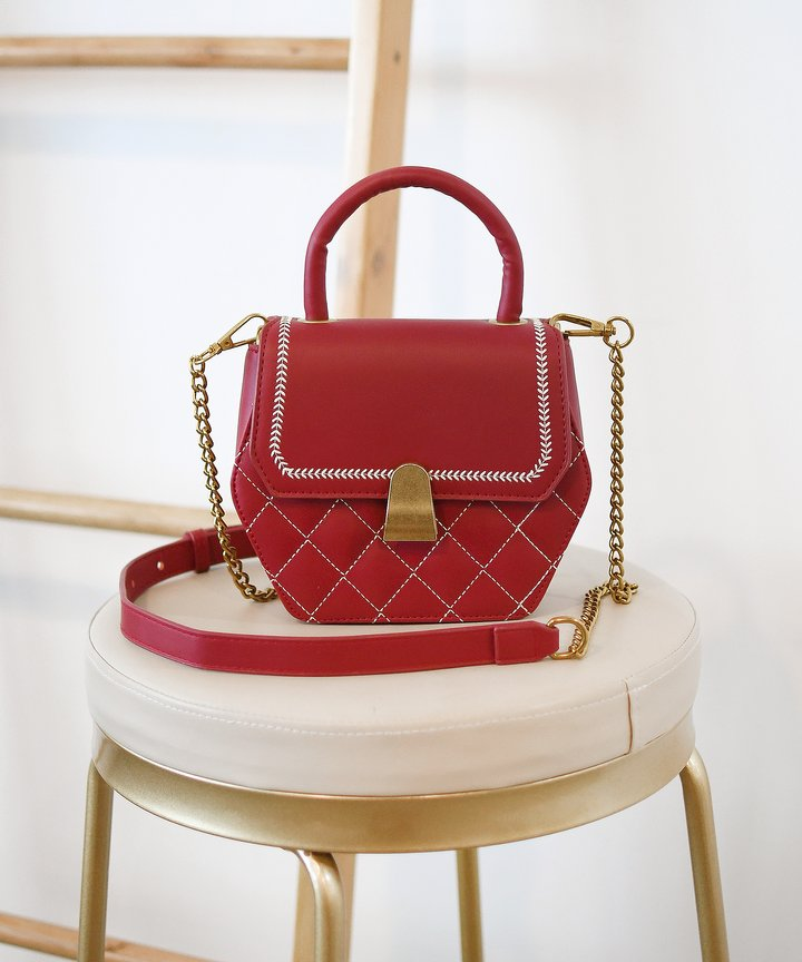 Plaza Hexagon Bag - Red