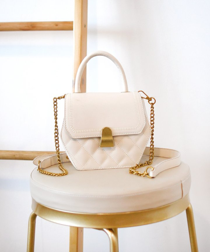 Plaza Hexagon Bag - White