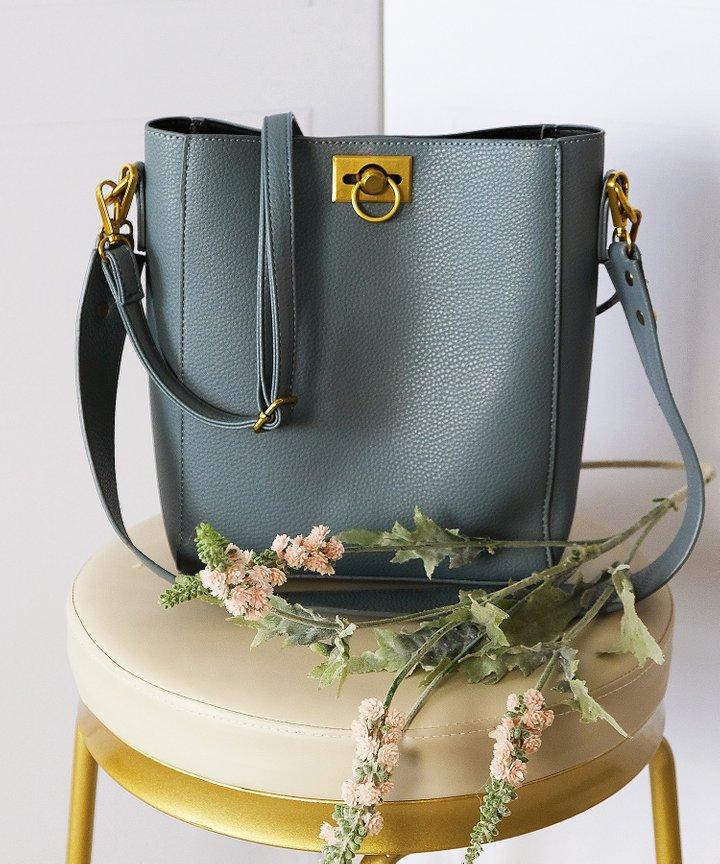 Silvie Shoulder Bag - Blue