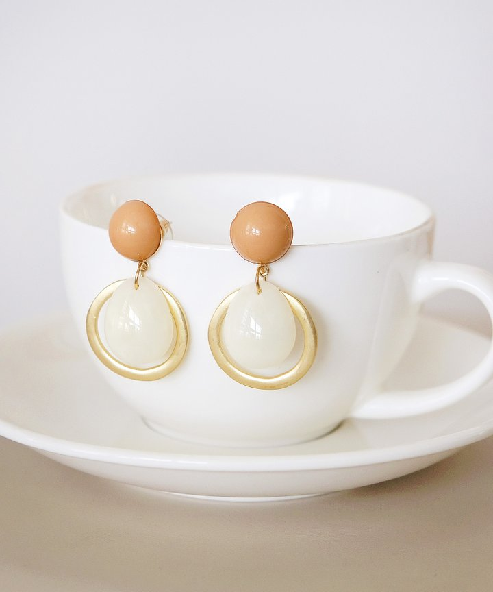 Charisma Drop Earrings - Apricot