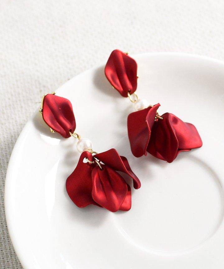 Cupid Drop Earrings