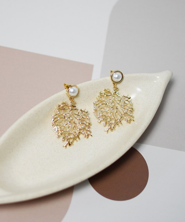 Chelsea Vine Statement Earrings