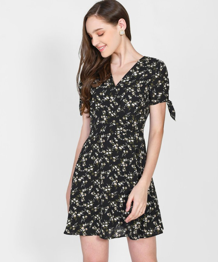 Maryn Floral Dress - Black