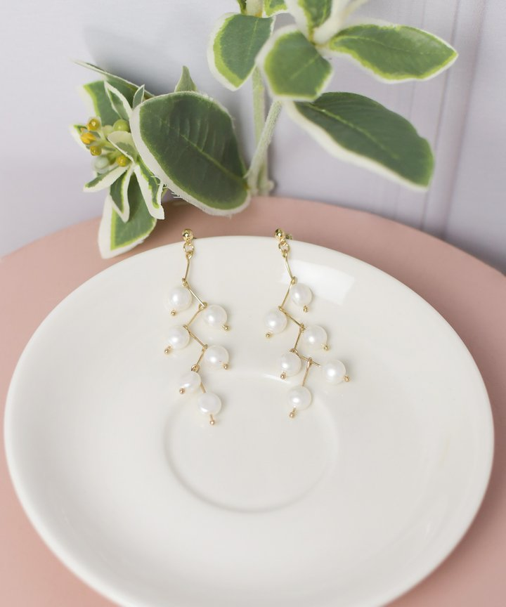 Soledo Pearl Drop Earrings (Restock)