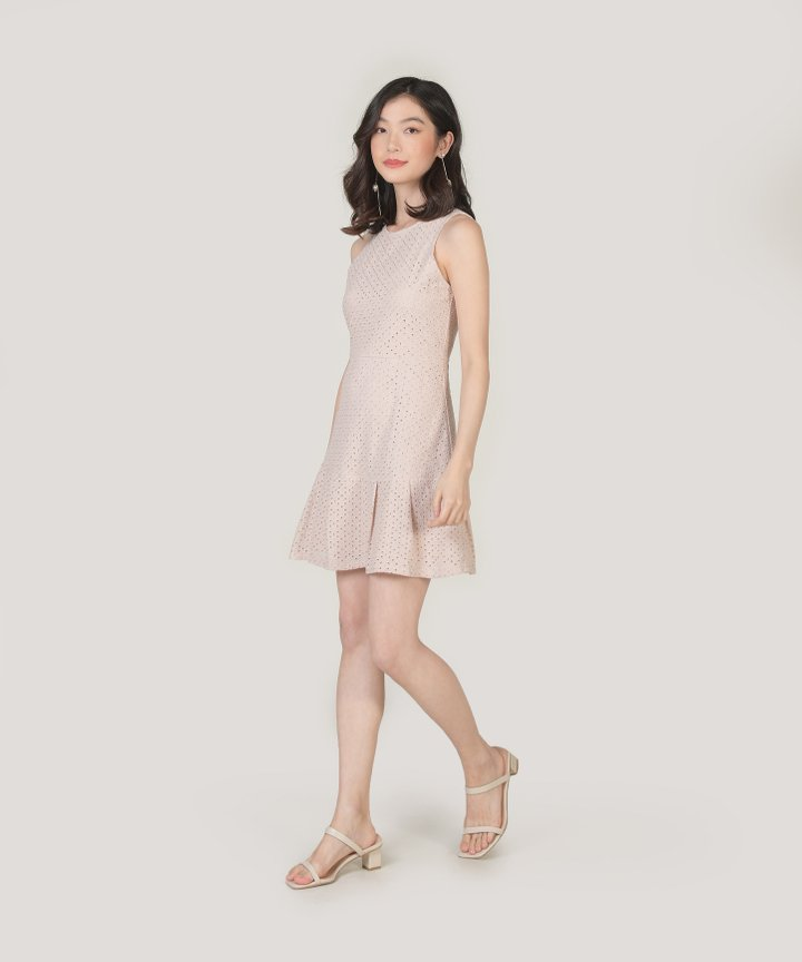 Lilah Eyelet Dress - Oatmeal