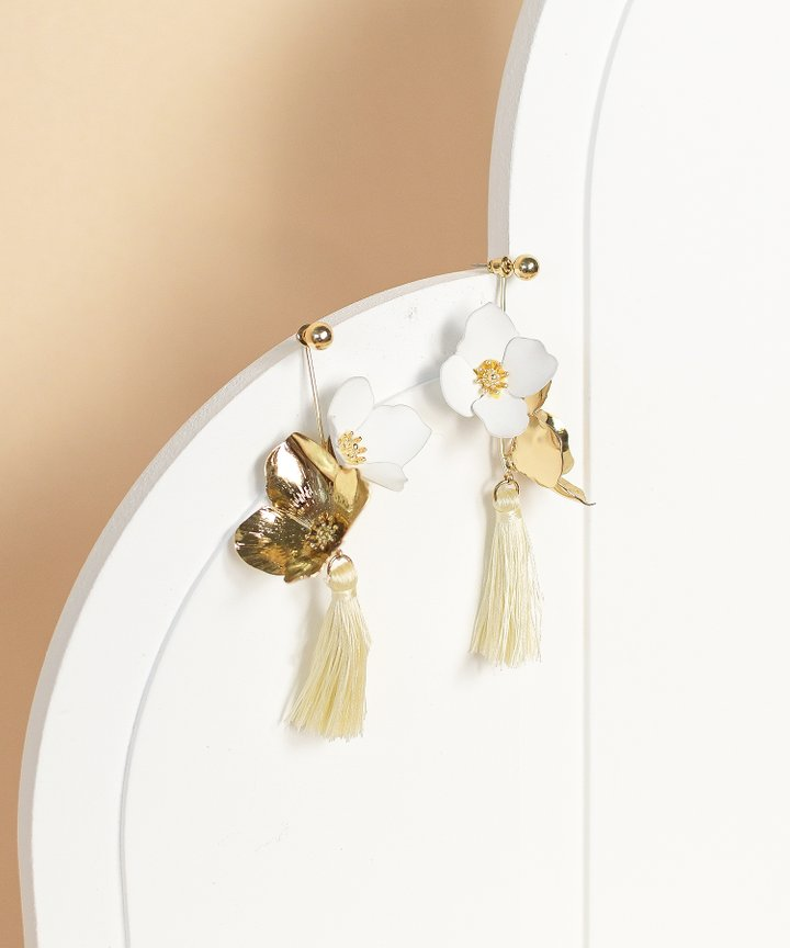 Mari Floral Tassel Earrings - Cream